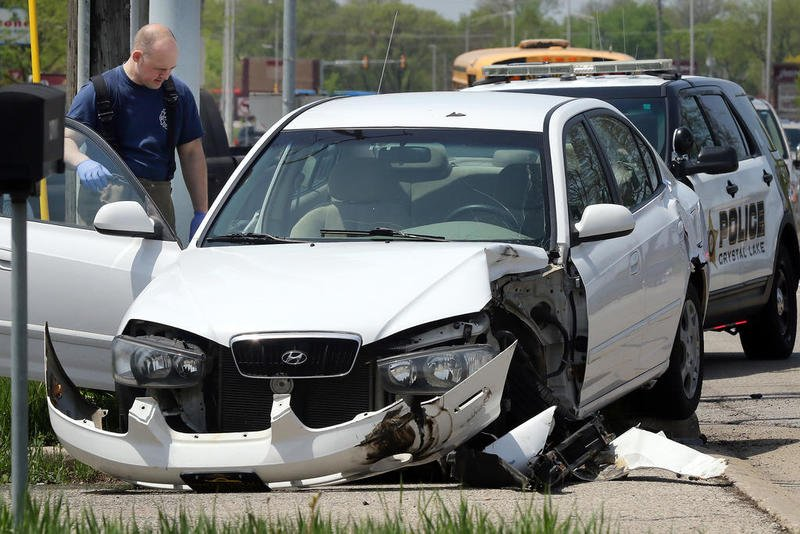 crystal lake car accident with injuries - personal injury attorneys